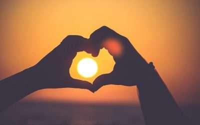 Joyería Emocional: Cómo Transmitir Emociones con tu Marca de Joyas